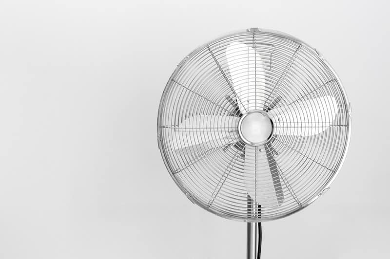 Best Tower Fan Reviews 2019 – 5 Tower Fans to Check Out This